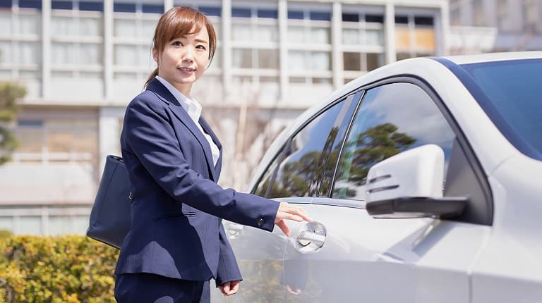 法人名義の車両は1日自動車保険には契約できない