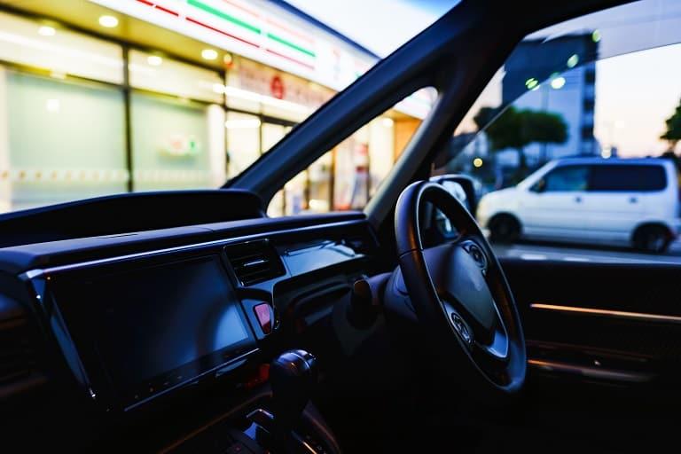 セブンイレブンで契約できる1日自動車保険